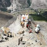 5000 Tonnen schwerer Gesteinsblock gesprengt: Eindrückliches Drohnenvideo – 1815.ch