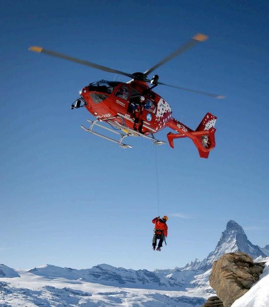 Pioniere der Bergrettung – 50 Jahre Air Zermatt AG
