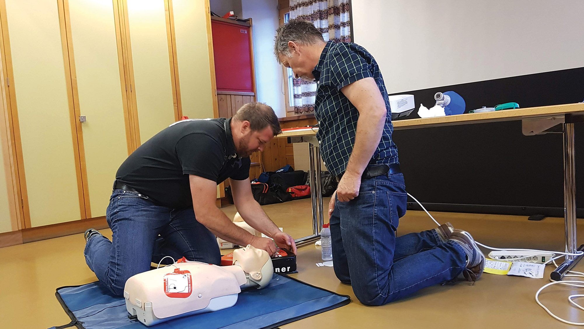 cpr-aed-kurs-2