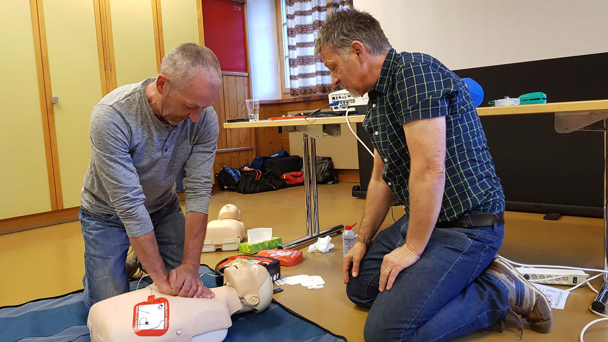 cpr-aed-kurs-3