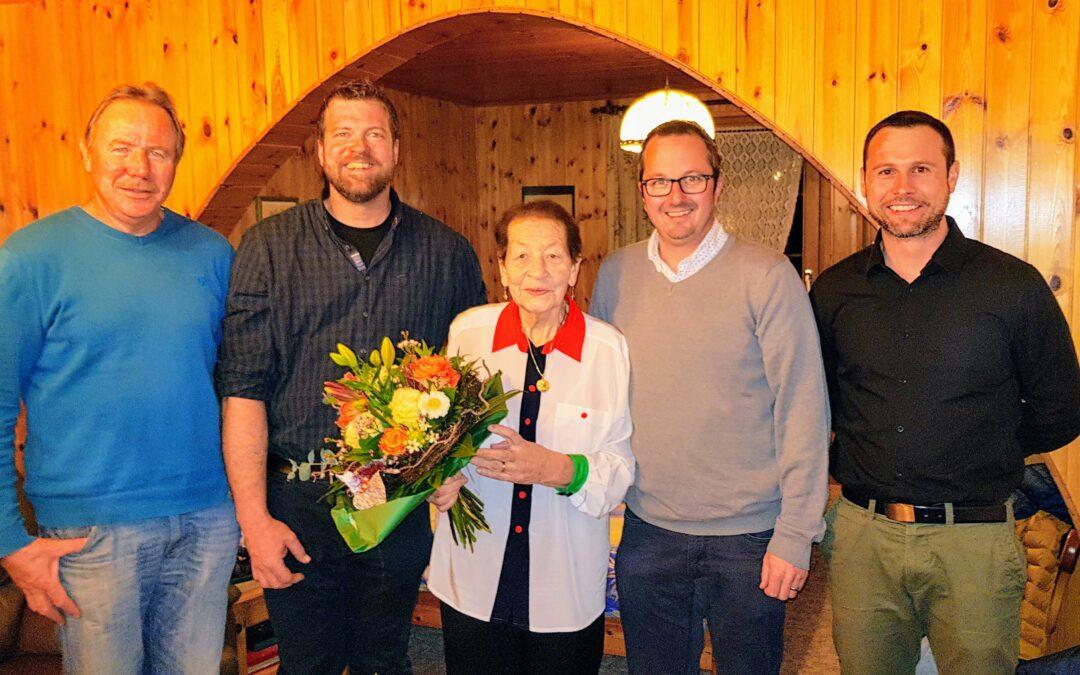 Die Gemeinde gratuliert zum 90. Geburtstag